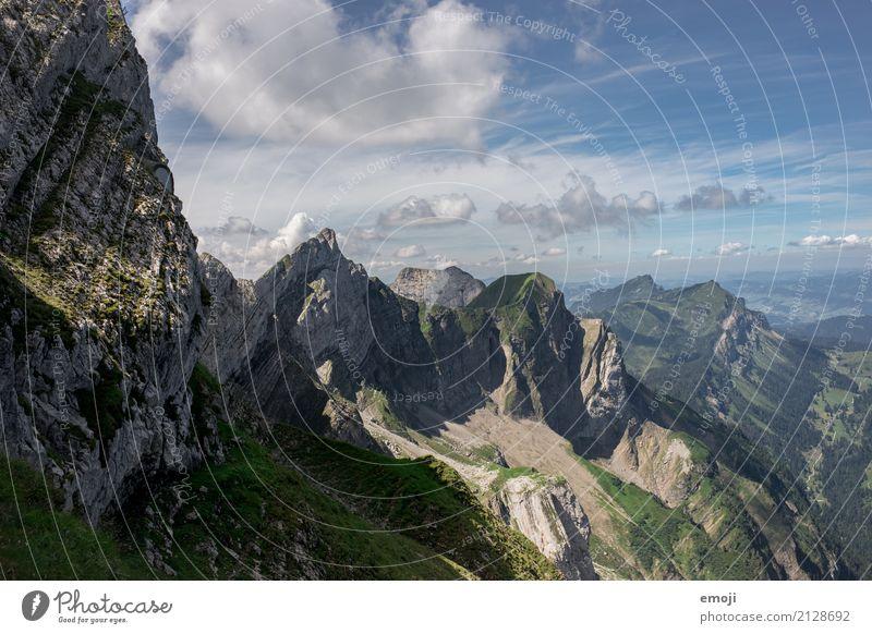 Pilatus Umwelt Natur Landschaft Sommer Schönes Wetter Alpen Berge u. Gebirge Gipfel außergewöhnlich natürlich Aussicht Schweiz Luzern Tourismus wandern