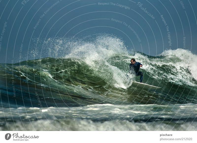 Power! Mann Natur Wasser Meer Sommer Freude Sport Kraft Wellen Erwachsene Lifestyle ästhetisch Coolness Freizeit & Hobby außergewöhnlich Leidenschaft