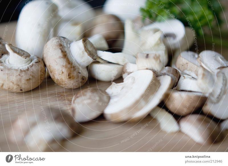 champignon Lebensmittel Gemüse Kräuter & Gewürze Ernährung Mittagessen Abendessen Bioprodukte Vegetarische Ernährung Diät Schneidebrett Gesundheit