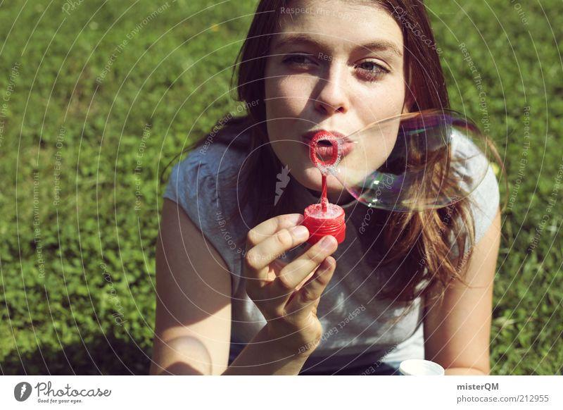bubble. Frau schön Sommer Freude Ferien & Urlaub & Reisen Leben Erholung Freiheit Park Zufriedenheit elegant frei Perspektive Fröhlichkeit