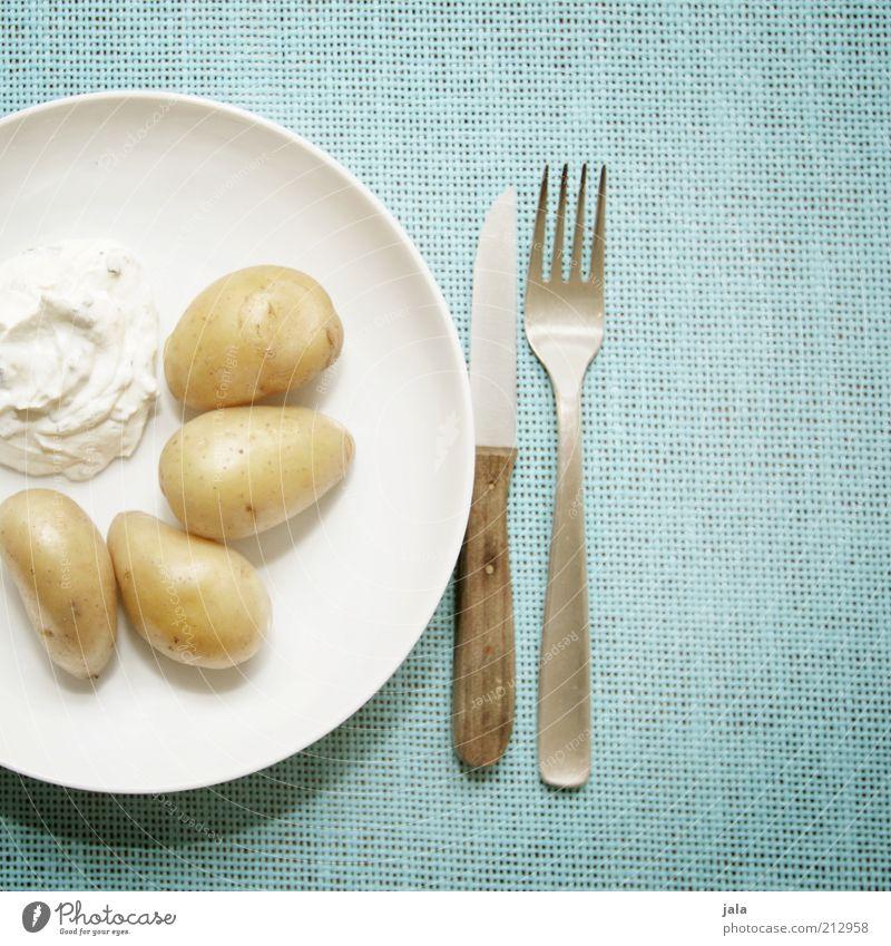 Weißer Kees und Grumbeere Ernährung Gesundheit Lebensmittel frisch Gemüse Teller Diät Mittagessen Bioprodukte Messer Besteck Gabel Kartoffeln