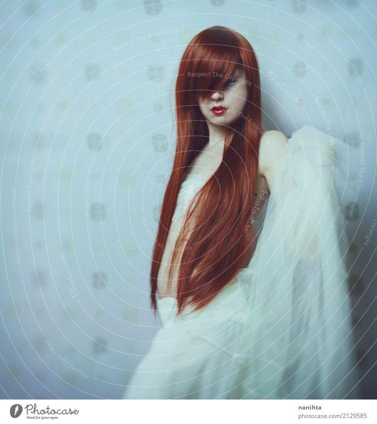 Künstlerisches Portrait eines jungen Redheadfrauentanzens Mensch feminin Junge Frau Jugendliche 1 18-30 Jahre Erwachsene Kunst Tanzen Kultur Rock Stoff Top