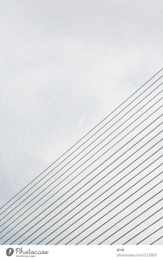 //// grau Valencia parallel Brücke Linie Strukturen & Formen modern trist Spanien Brückenbau Brückenkonstruktion Stabilität Gerüst Faser graphisch Design