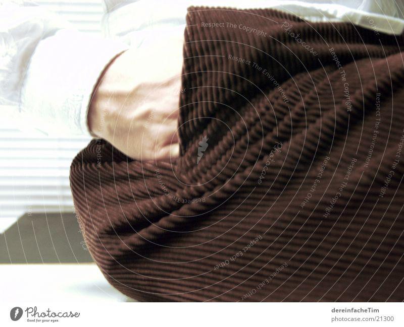 A Cord-Arbeit Hose Tasche Hand Hemd lässig Mann Erholung