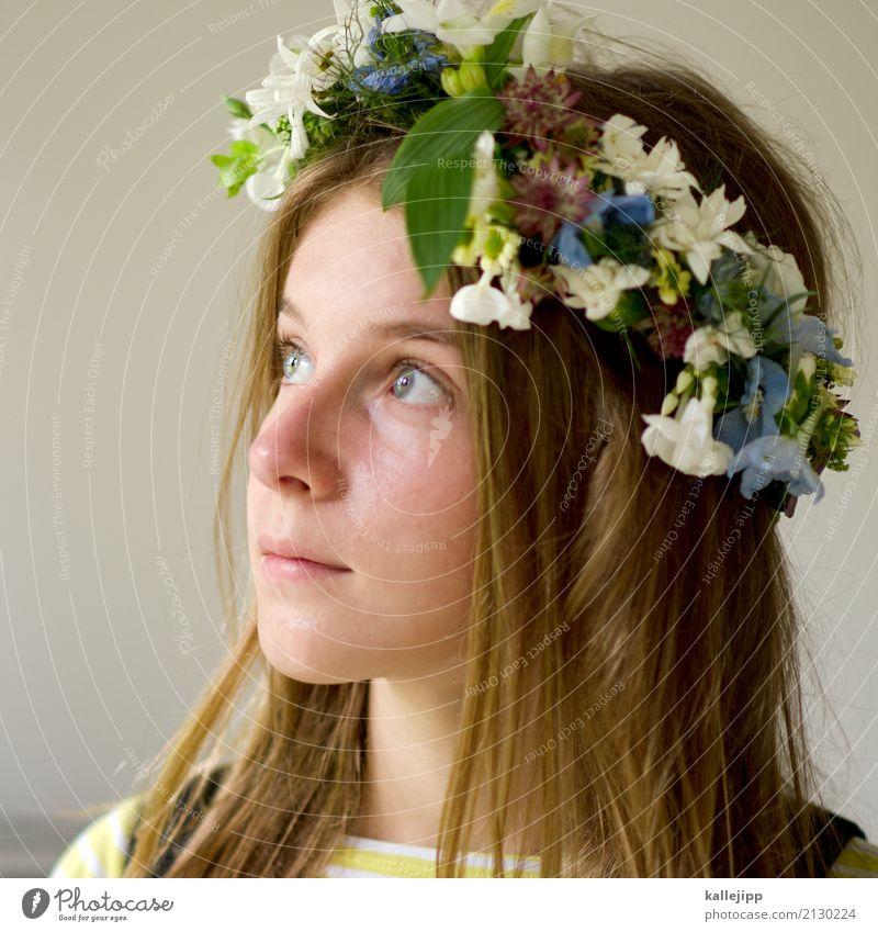 Mädchen mit Blumenkranz im Haar harmonisch Wohlgefühl Mensch Kind Kindheit Jugendliche Leben Kopf Haare & Frisuren Gesicht Auge Nase Mund 1 8-13 Jahre