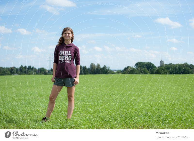 Girl Mensch Himmel Jugendliche Sommer schön Wolken Mädchen Leben Frühling Gesundheit Wiese feminin Glück 13-18 Jahre Feld frisch