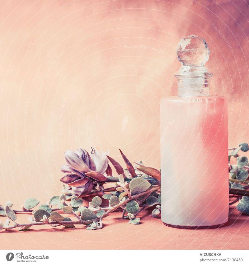 Naturkosmetik Flasche mit Kräuter und Blumen schön Gesundheit Stil rosa Design Dekoration & Verzierung Wellness Körperpflege Kosmetik Alternativmedizin Massage