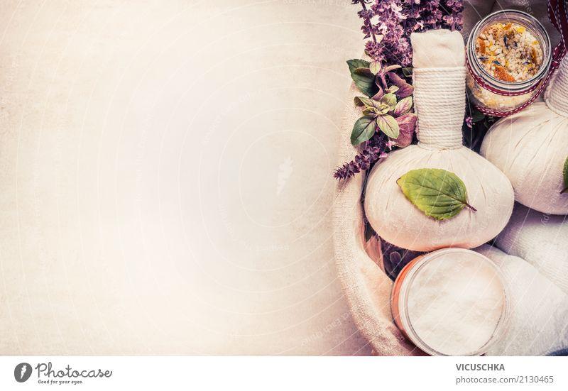 Spa oder Wellness Hintergrund mit Kräuter für Massage Lifestyle Stil Design schön Körperpflege Gesundheit Erholung Meditation Duft Kur Wohnzimmer Natur