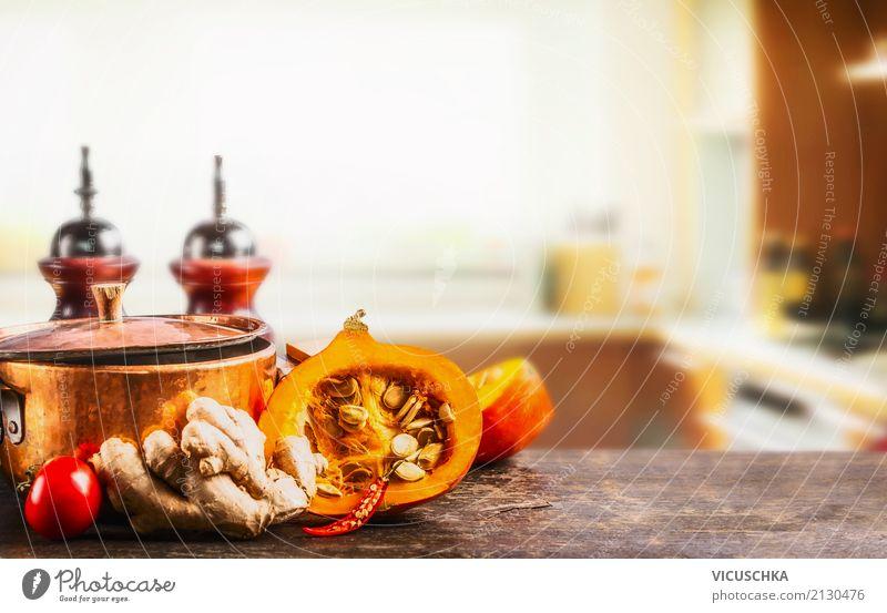 Kürbis und Topf auf Küchentisch Gesunde Ernährung Leben Hintergrundbild Stil Lebensmittel Design Häusliches Leben Kräuter & Gewürze Gemüse Bioprodukte