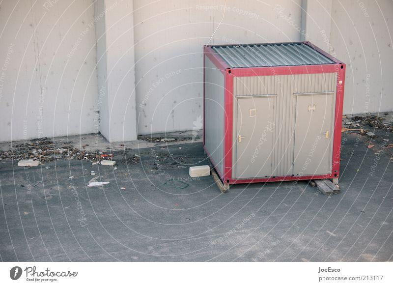 [PC-Usertreffen FFM] #5 Baustelle klein Toilette Container Farbfoto Gedeckte Farben Außenaufnahme Menschenleer Textfreiraum links Tag Textfreiraum unten trist