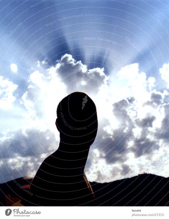 holy Heiligenschein Mann Licht Wolken Silhouette Himmel Schatten Aura Mensch blau Berge u. Gebirge Strukturen & Formen