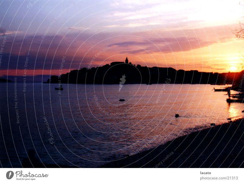 dark seaside Himmel Meer Stadt Abenddämmerung Kroatien
