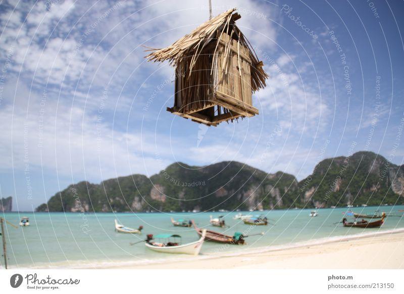 Flieg! Himmel Meer Sommer Strand Ferien & Urlaub & Reisen Haus Wolken Berge u. Gebirge Wasserfahrzeug Insel Hütte seltsam Thailand Blauer Himmel Asien