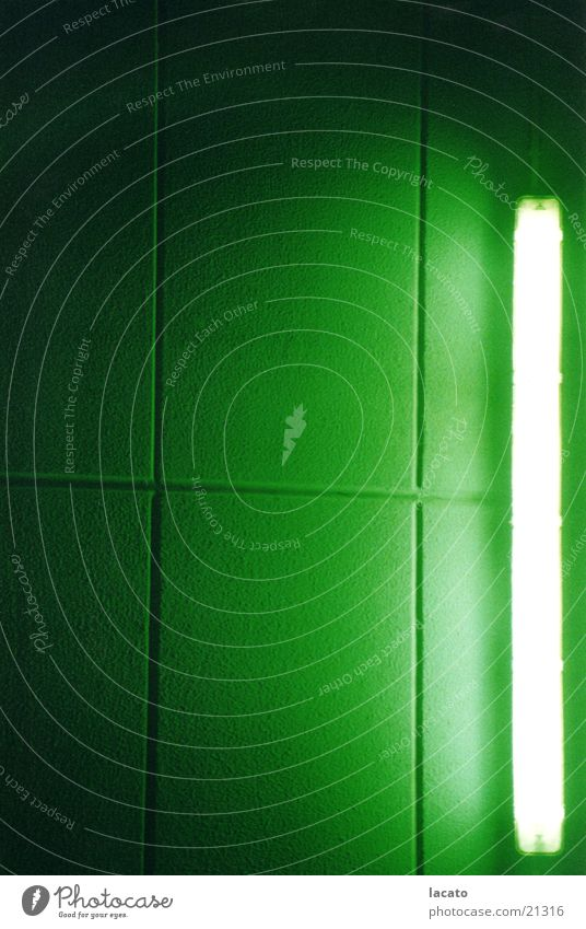 green light Lampe Licht grün Wand Neonlicht Hintergrundbild Furche Fuge Club Strukturen & Formen Lichterscheinung Schatten Plattenbau
