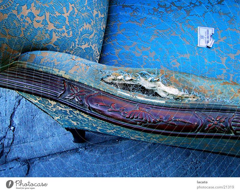 Blauer Stuhl Sessel Müll Häusliches Leben blau