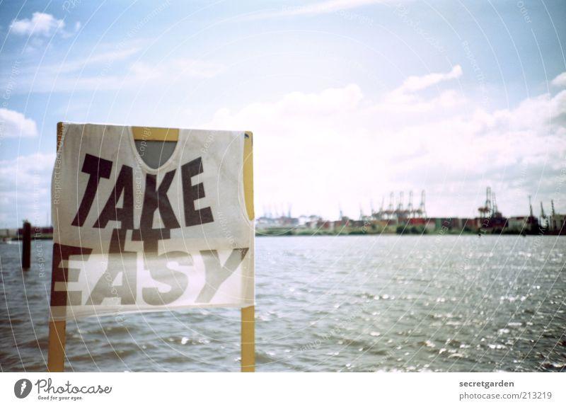 Die unerträgliche Leichtigkeit des Seins. Wasser Himmel weiß blau Sommer Ferien & Urlaub & Reisen Wolken Wellen Schilder & Markierungen Hamburg Bekleidung Lifestyle Fluss Schriftzeichen Hafen Lebensfreude