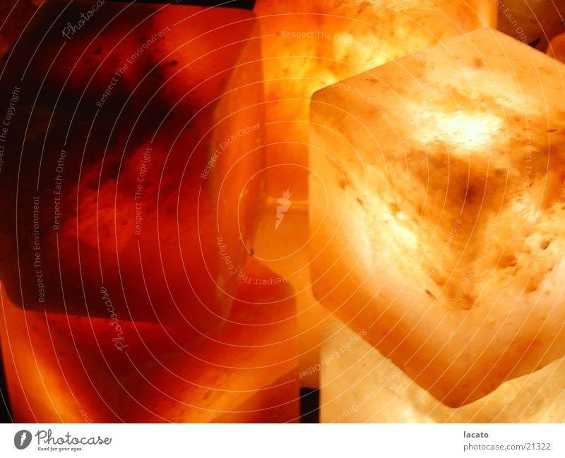 salzkristall Weihnachten & Advent rot gelb Lampe Wärme braun Beleuchtung Physik Häusliches Leben gemütlich Salz