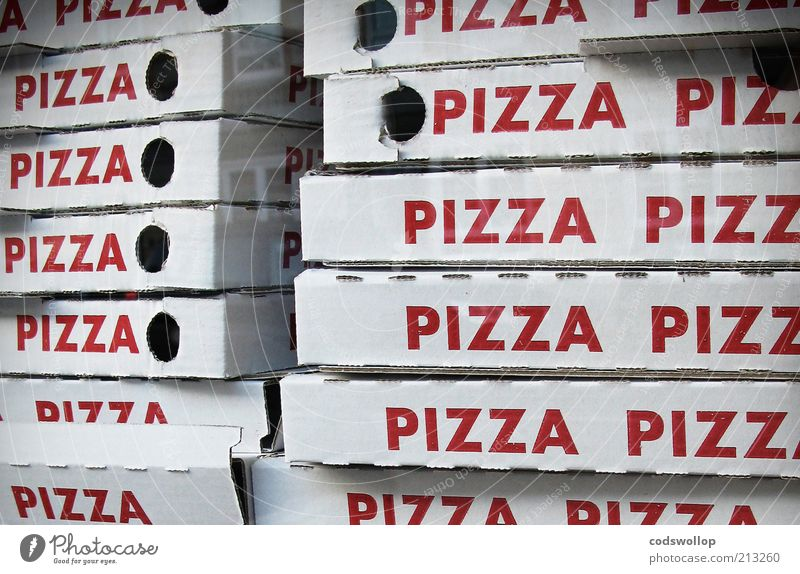 sal's famous pizzeria weiß rot Fenster Lebensmittel Schriftzeichen Wort Karton Fensterscheibe Wiederholung Stapel Mittagessen Pizza Anschnitt Verpackung