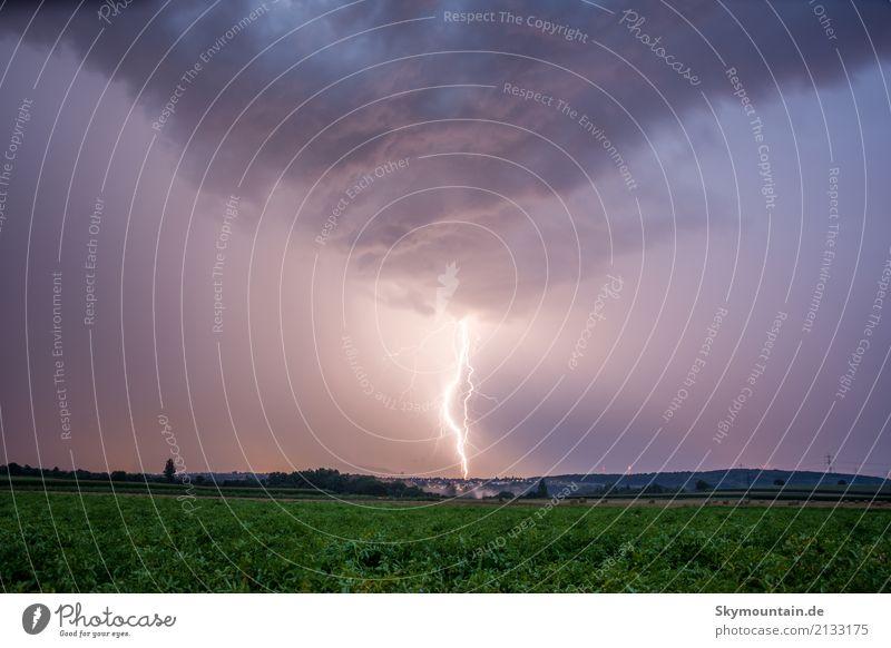 Hochspannung Umwelt Natur Landschaft Wolken Gewitterwolken Nachthimmel Sommer Herbst Klima Klimawandel Wetter Schönes Wetter schlechtes Wetter Unwetter Wind
