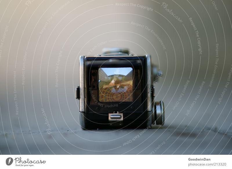 Pavillon Fotografie Architektur authentisch Fotokamera außergewöhnlich Bauwerk Fotografieren Experiment Sucher eckig Fototechnik Pavillon Bild-im-Bild