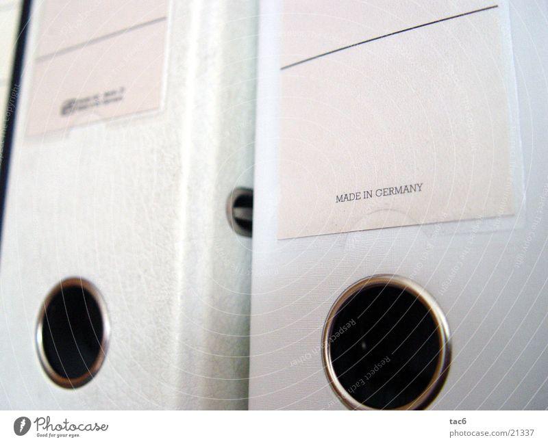 Made in Germany weiß hell Ordnung Dienstleistungsgewerbe Aktenordner Schreibwaren Symbole & Metaphern Made in Germany