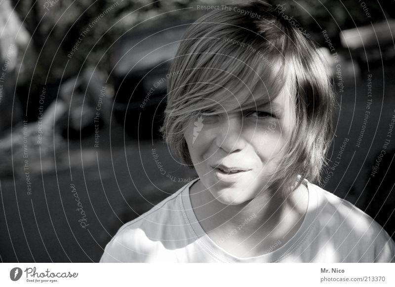 ey ! Jugendliche Gesicht Junge Kopf lachen Haare & Frisuren Glück Denken Zufriedenheit blond natürlich maskulin Fröhlichkeit authentisch Coolness T-Shirt