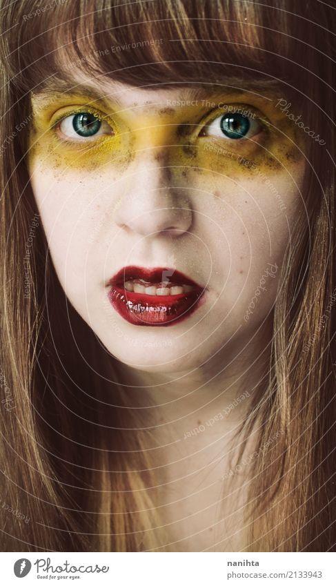 Junge blonde Frau mit exotischem bilden Stil Design schön Haut Gesicht Schminke Lippenstift Wimperntusche Mensch feminin Junge Frau Jugendliche 1 18-30 Jahre