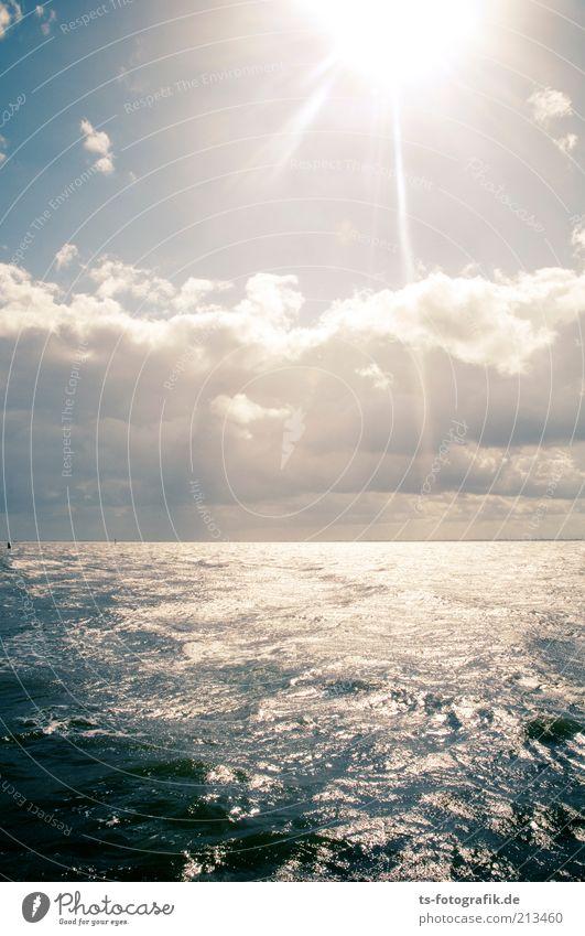 Nordsee ist Leuchtsee III Natur Wasser schön Himmel Sonne Meer blau Sommer Ferien & Urlaub & Reisen schwarz Wolken Ferne dunkel Freiheit Luft Wellen