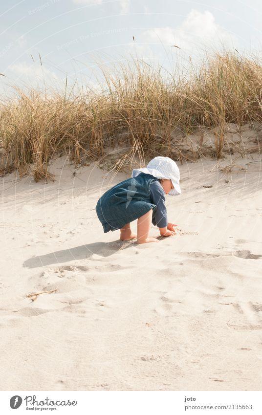 Sandzeit Natur Ferien & Urlaub & Reisen Sommer Freude Strand Gesundheit feminin Spielen Freiheit Ausflug Zufriedenheit Kindheit Lebensfreude lernen niedlich