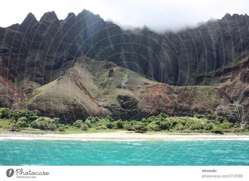Na Pali Coast II Landschaft Urelemente Erde Wasser Himmel Sträucher Hügel Felsen Berge u. Gebirge Wellen Küste Strand Meer Pazifik Insel Kauai wild Kraft