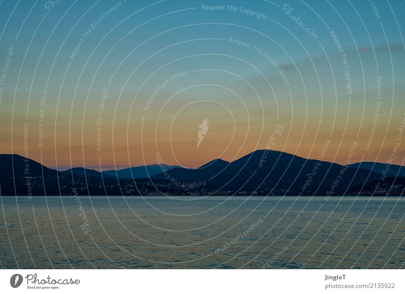 quattro colori Umwelt Natur Landschaft Wasser Himmel Sonnenaufgang Sonnenuntergang Sommer Schönes Wetter Berge u. Gebirge Seeufer leuchten blau braun gold grün