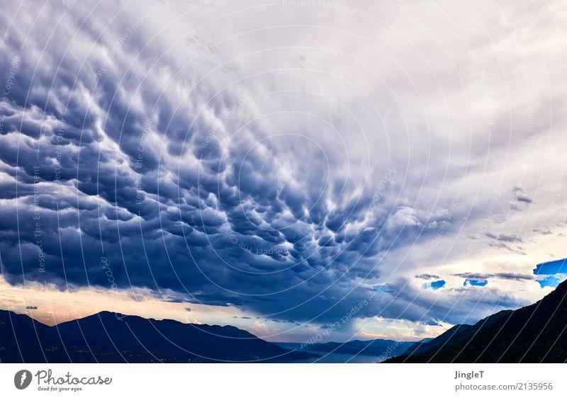 V - Die Außerirdischen Umwelt Natur Landschaft Urelemente Himmel Wolken Gewitterwolken Sommer Klima Klimawandel Wetter schlechtes Wetter Unwetter