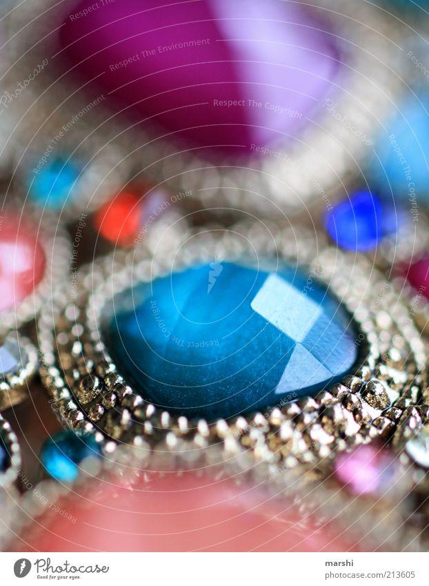 blingbling Reichtum elegant Stil blau mehrfarbig Schmuck Stein Armreif glänzend edel Glamour Farbfoto Unschärfe Reflexion & Spiegelung silber Silberschmuck
