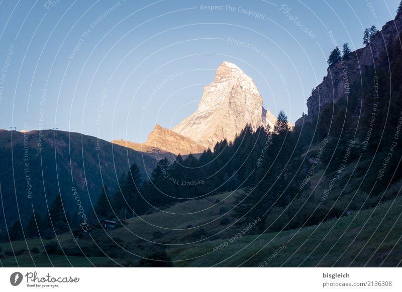 Matterhorn II blau Berge u. Gebirge Freiheit gold Europa Gipfel Alpen Dorf Klettern Mut Schweiz selbstbewußt Bergsteigen Willensstärke Tatkraft