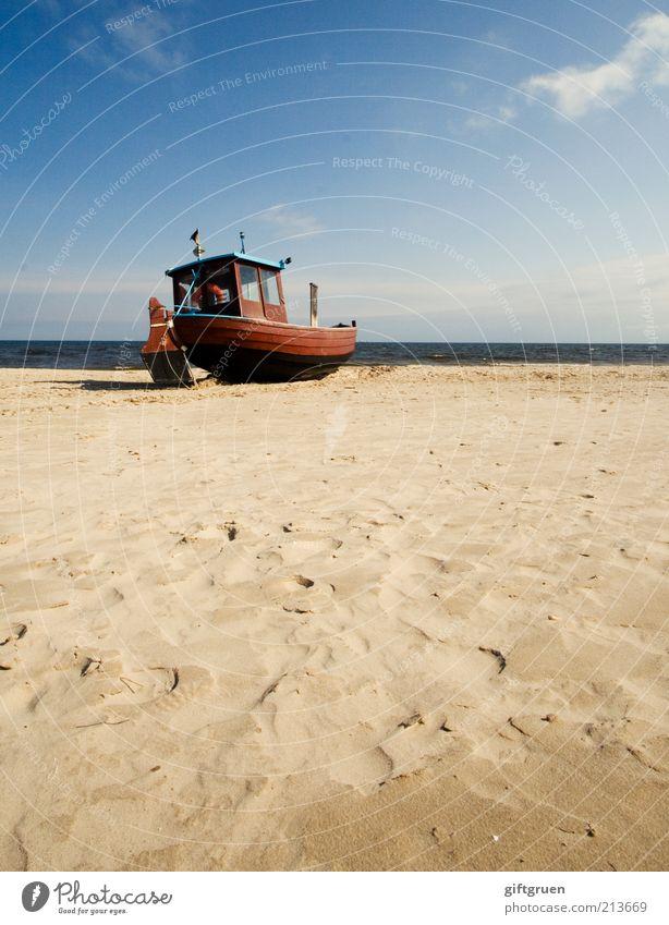 fischers fritze fischt frische fische Himmel alt Wasser Meer Strand Wolken Umwelt Landschaft Sand Küste Wellen Urelemente Spuren Beruf fangen Ostsee
