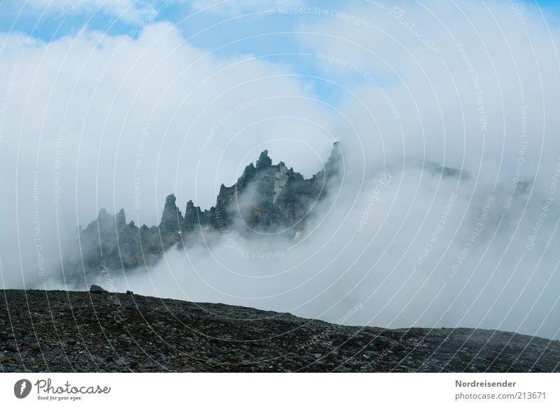 Merlins Reich Natur Wolken Landschaft Berge u. Gebirge Freiheit Wetter Klima außergewöhnlich Nebel Tourismus Ausflug Urelemente bedrohlich Gipfel entdecken
