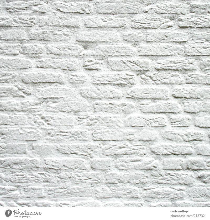 x, y und z = 0,333 Mauer Wand Backstein Sauberkeit weiß ruhig Reinlichkeit Reinheit Renoviert bemalt minimalistisch unschuldig neutral Farbfoto Gedeckte Farben