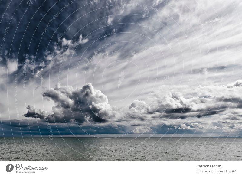 shining Natur Wasser schön Himmel weiß Meer blau ruhig Wolken Ferne Erholung Regen Landschaft Stimmung Küste Wind