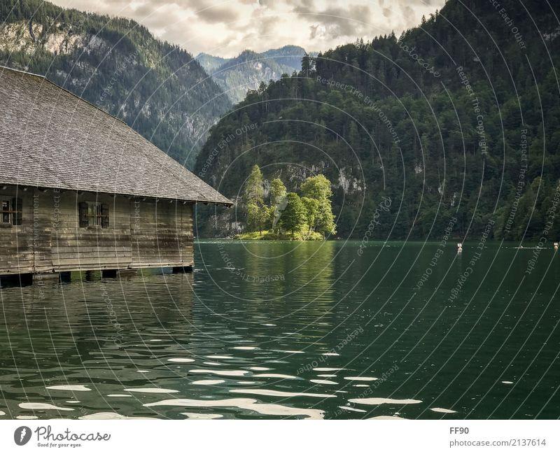 Die Insel im Königssee Ferien & Urlaub & Reisen Tourismus Ausflug Abenteuer Ferne Sightseeing Sommer Berge u. Gebirge wandern Umwelt Natur Landschaft Pflanze