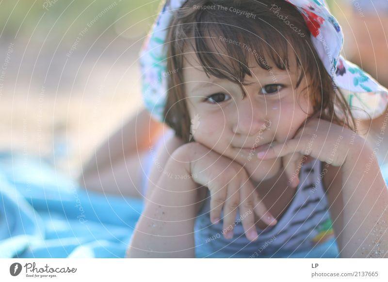 Ich denke an.. Lifestyle Kindererziehung Bildung Mensch Eltern Erwachsene Geschwister Familie & Verwandtschaft Partner Kindheit Leben Gefühle Sehnsucht Heimweh
