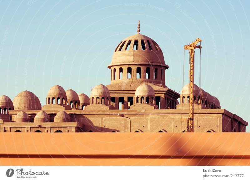 Der Turmbau zu... Ferien & Urlaub & Reisen Tourismus Sightseeing Städtereise Sommer Ramadan Baustelle Kultur Himmel Wolkenloser Himmel Hurghada Stadt
