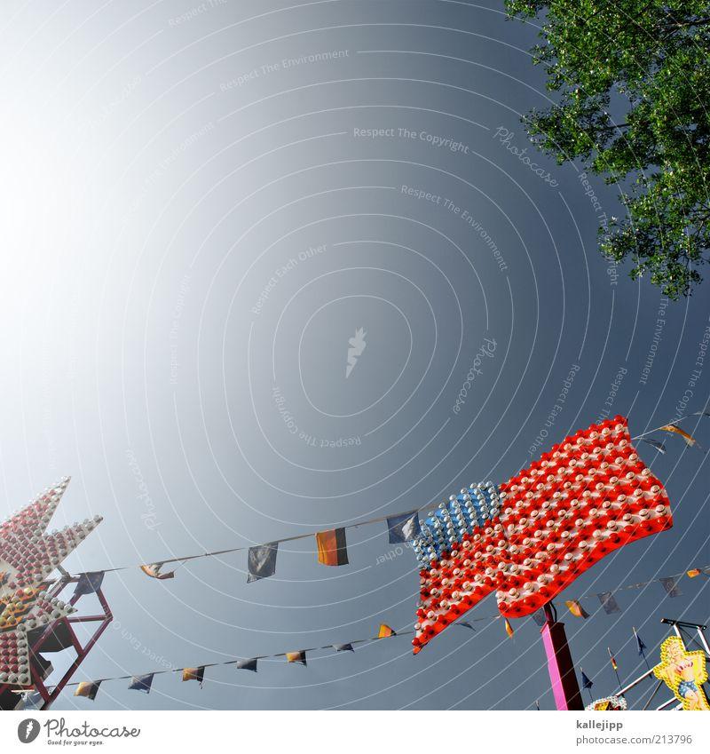 american beauty Fahne leuchten Amerika USA Jahrmarkt Deutschland global Achterbahn Lampe Fahrgeschäfte Stars and Stripes Politik & Staat Himmel Stolz Farbfoto