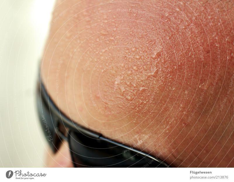 Switzerländ Ferien & Urlaub & Reisen Sommer Sommerurlaub Sonnenbad Wärme Hitzeschock transpirieren schwitzend Sonnenbrille Schweiß Schweißtropfen