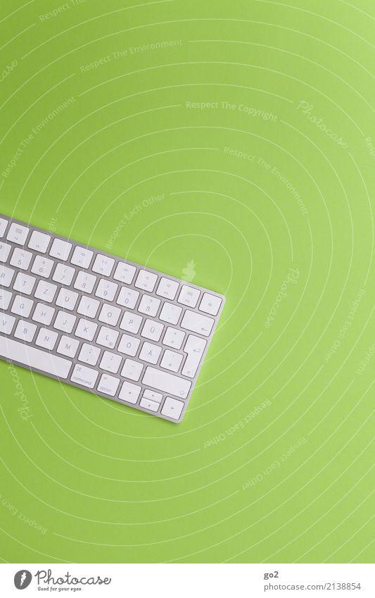 Tastatur auf Grün grün weiß Business Schule Arbeit & Erwerbstätigkeit Freizeit & Hobby Büro Schriftzeichen ästhetisch Kommunizieren Technik & Technologie