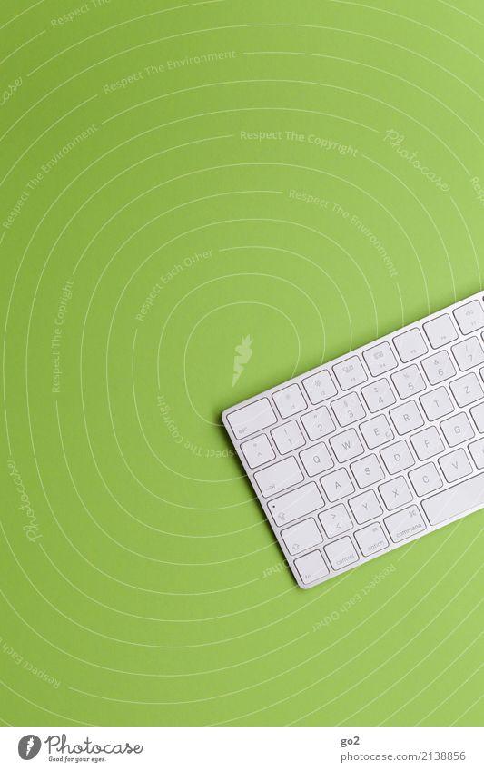 Tastatur auf Grün grün weiß Schule Arbeit & Erwerbstätigkeit Design Büro Kommunizieren ästhetisch Technik & Technologie Ordnung Telekommunikation Computer
