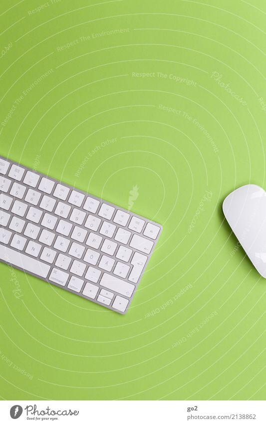Tastatur und Maus auf Grün Bildung Wissenschaften Erwachsenenbildung Schule Berufsausbildung Praktikum Studium Arbeit & Erwerbstätigkeit Büroarbeit Arbeitsplatz
