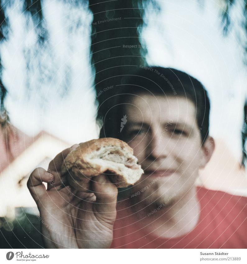Fischbrötchen Mann Natur Hand Kopf Mund Erwachsene Essen maskulin Lebensmittel frisch analog Quadrat lecker Appetit & Hunger Fleisch
