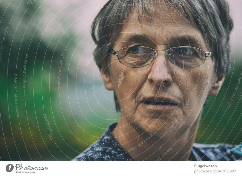 Deine Mudder Mensch Frau Erwachsene sprechen Senior 45-60 Jahre 60 und älter Brille Weiblicher Senior Mutter Männlicher Senior Großmutter Eltern Muttertag