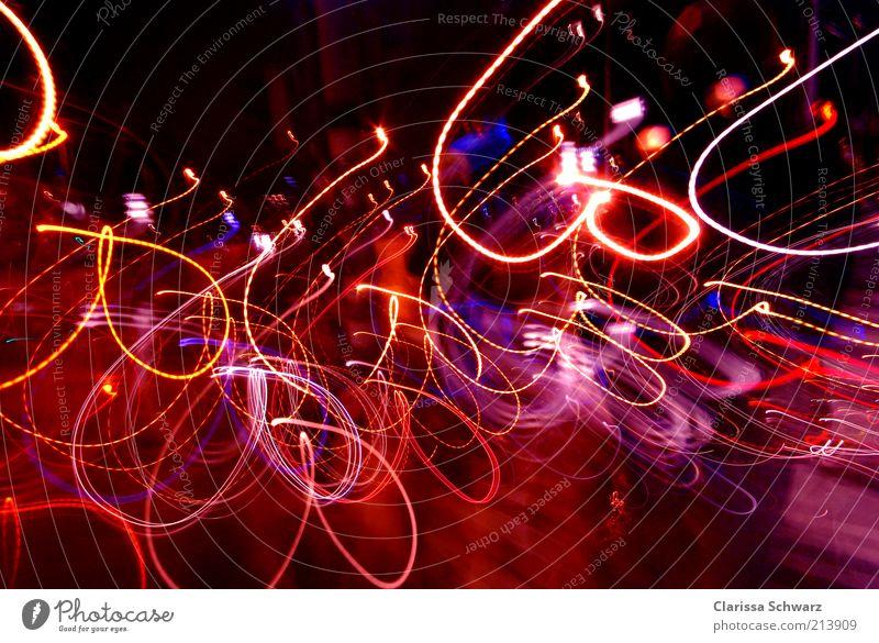 heart light Lifestyle Nachtleben Entertainment Veranstaltung ausgehen Feste & Feiern Silvester u. Neujahr Herz drehen leuchten Tanzen Kitsch Stimmung mehrfarbig
