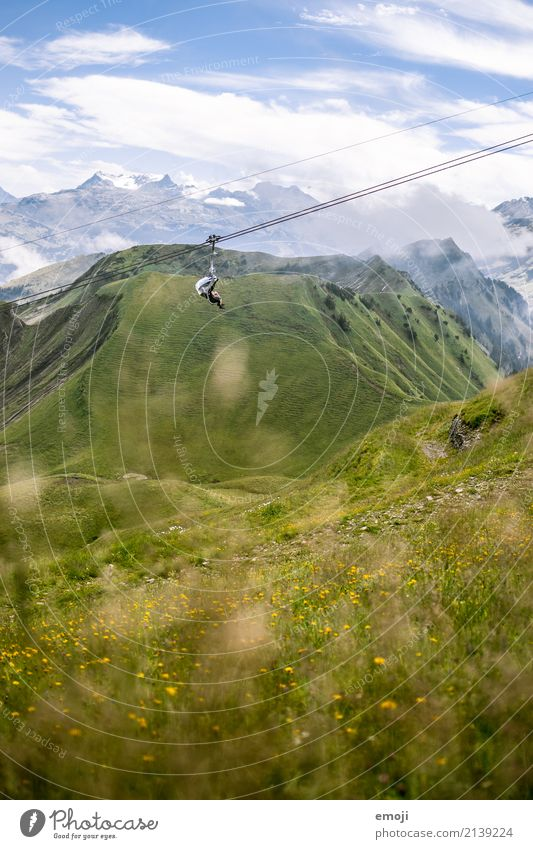 Sesselbahn Umwelt Natur Landschaft Pflanze Sommer Schönes Wetter Wiese Alpen Berge u. Gebirge natürlich grün Schweiz wandern Wanderausflug Wandertag Tourismus